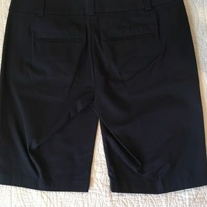 Ann Taylor Shorts - NWOT Ann Taylor Boardwalk Shorts Sz 4